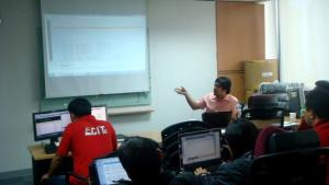 Demonstrating a source code analyzer from OWASP