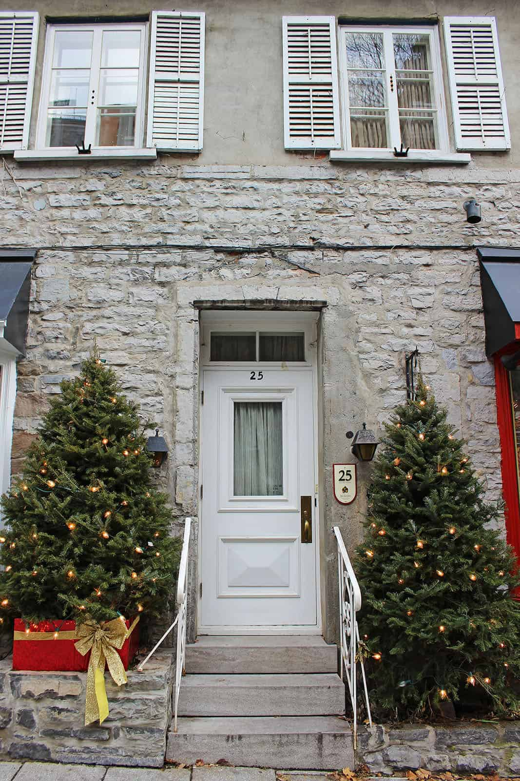 photo essay christmas in old quebec justin plus lauren outside of quartier petit champlain and place royale another fantastic spot filled holiday spirit is eacute du vieux port de quebec
