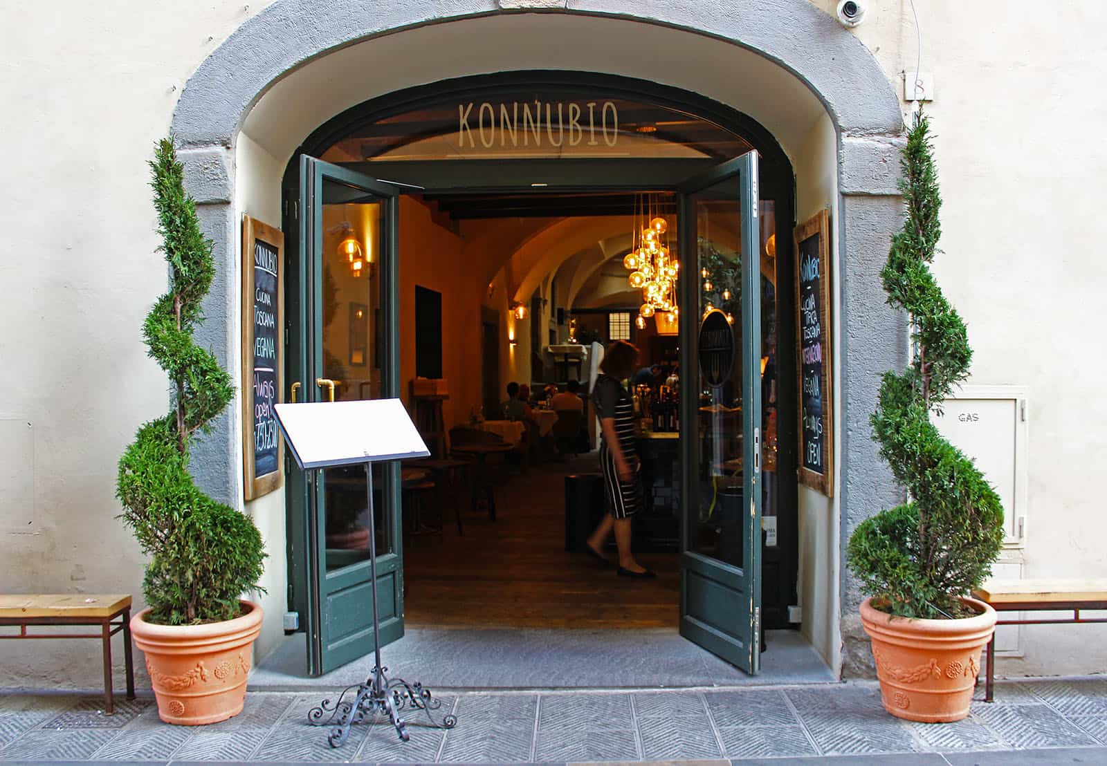 Tuscan Cuisine Gone Vegan at Konnubio Florence