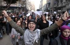 Women march Egypt