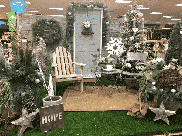 athome-porch-store-display