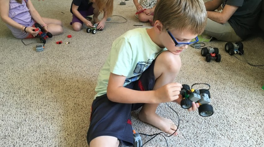 play-well parties and camps are great for learning engineering through play!