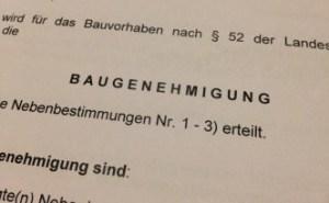 Nachträgliche Genehmigung auf der Grundstücksgrenze. Das geht gar nicht > in Bayern aber immer!