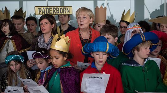 Wir singen uns die Welt ganz schön und bunt – Bürgerkritik nehmen wir dagegen nicht in den Mund…..lalala Hannelore Kraft…