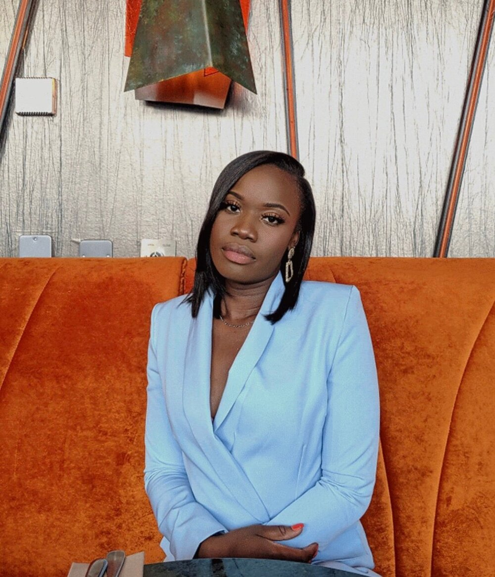 Loriane Mbayo, Founder of Woman to Woman