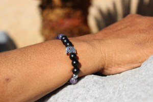 Silver Elephant Amethyst and Matte Black Onyx Beaded Bracelet