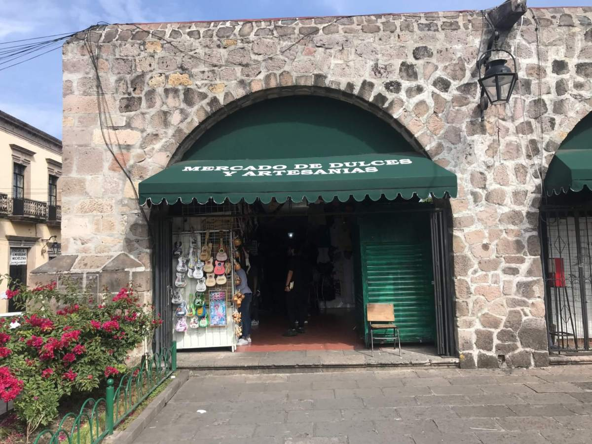 Visit Michoacán | Candy and Artisan Market in Morelia