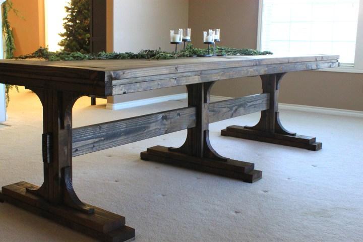 DIY farmhouse table