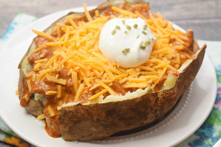 microwave chili cheese baked potato