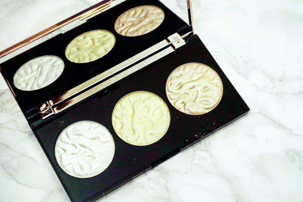 Strobe lighting palette makeup revolution