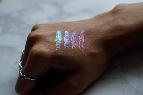 barrym-holographic-eyeshadow-toppers
