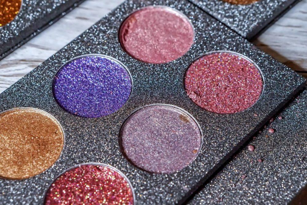 Dazzlize MUA favourite glitter palette