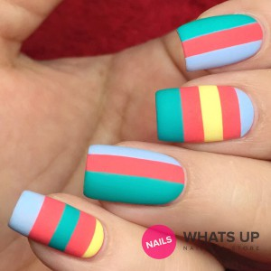 whatsupnails-wide-straight-tape-swatch grande