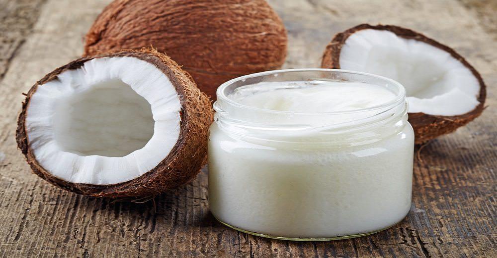 10 Proven Health Benefits of Coconut Oil