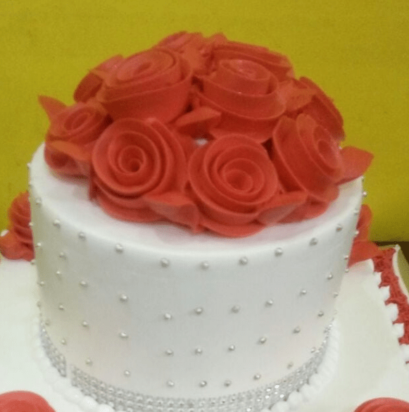 Rose Design With Diamond Patti 1kg