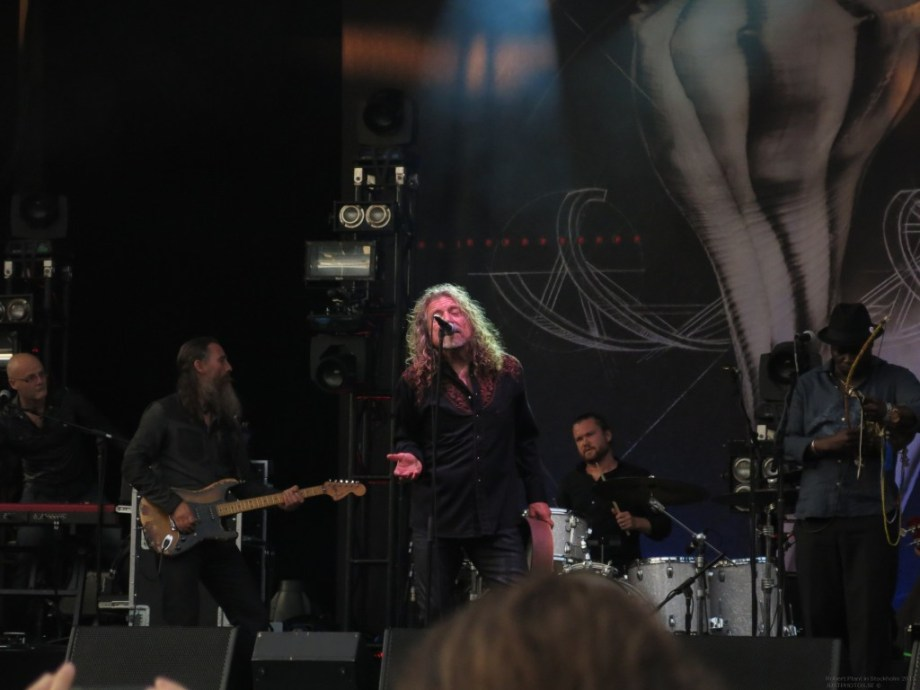 Robert_Plant_in_Stockholm201535
