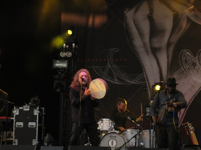 Robert_Plant_in_Stockholm201539