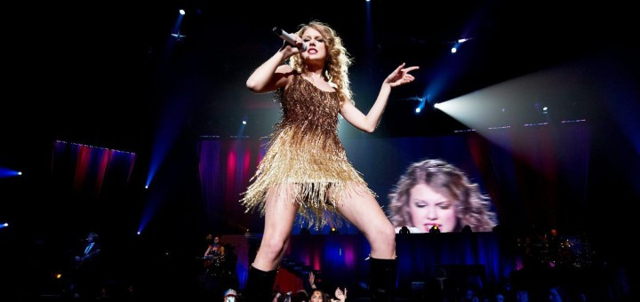 Taylor Swift will perform at BRIT Awards 2015