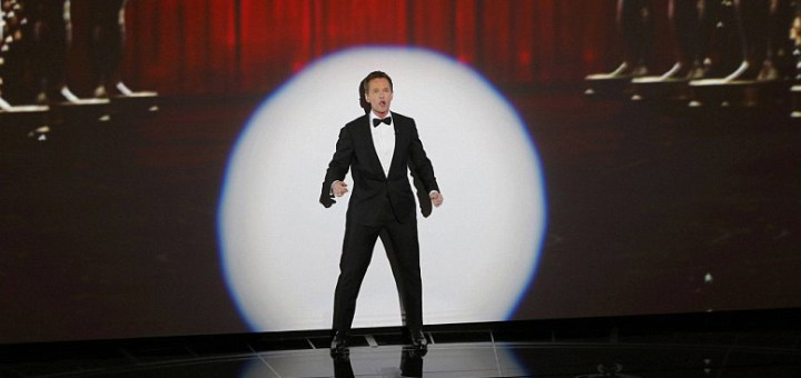 """Neil patrick harris opening monologue at 2015 oscars """"moving pictures"""" song"""