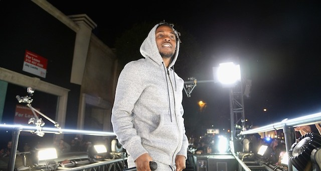 kendrick lamar performed on a mobile truck