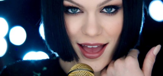 jessie j flashlight music video pitch perfect 2