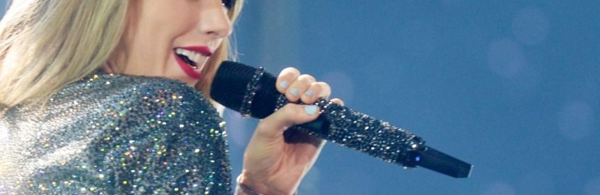 taylor-swift-at-1989-world-tour-at-the-centurylink-center-in-bossier-city_6