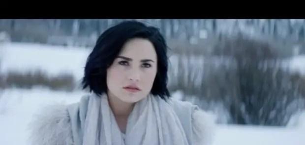 Demi Lovato – Stone Cold (Music Video