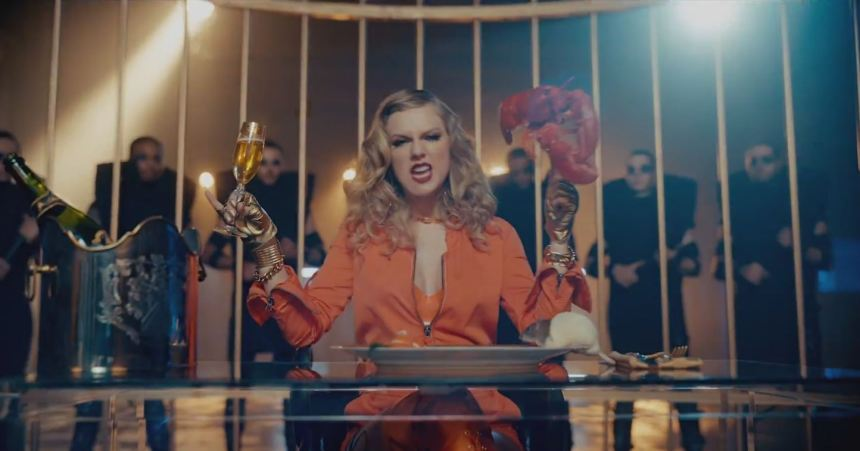 "Taylor Swift portrays Harley Quinn in ""Look What You Made Me Do"" video"