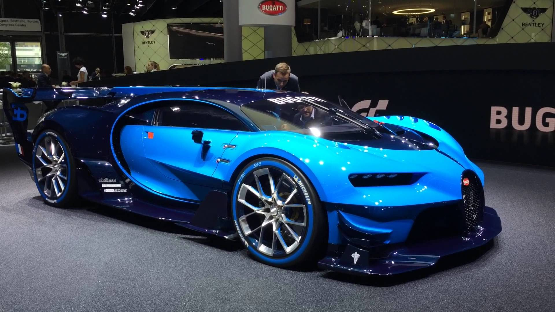 Floyd Mayweather Pays $35 Million For The 2017 Bugatti Chiron