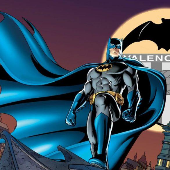 batman-dccomics-bat-signal-Valencia-feature