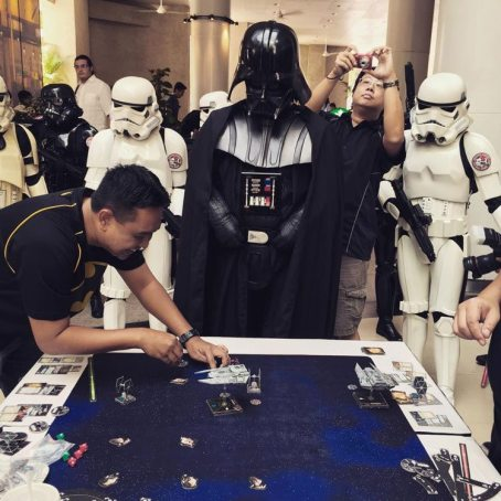 Darth Vader learning a thing or two about battle tactics