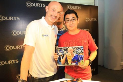 Courts x Frank Leboeuf - Meet & Greet Fans 25 Apr 2015 (6)