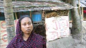Bengladeshi woman cut the penis of rapist