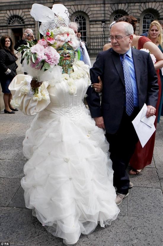 Elaine Davidson married