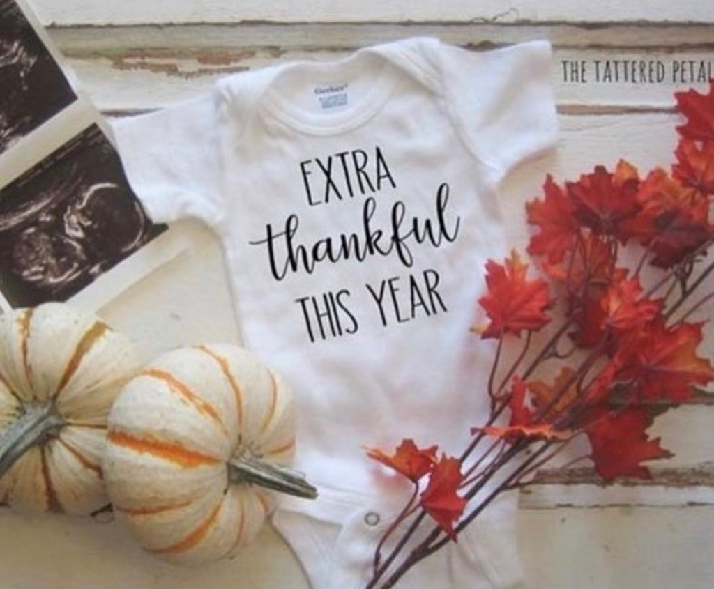 Make your fall pregnancy announcement beautiful to share with friends and family. Get creative ideas and inspiration for your photo announcement here.
