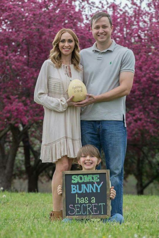 Spring is the perfect time to announce your pregnancy and exciting news with all the beautiful and fun easter and spring imagery that surrounds this season! Create an Easter pregnancy announcement for friends and family with these great spring pregnancy announcement ideas.