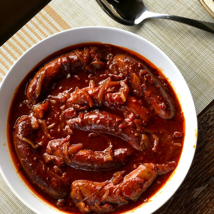 Slow Cooker Devilled Sausages