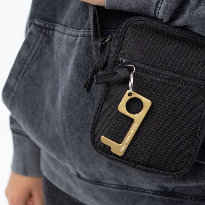 no-touch-door-opener-keychain