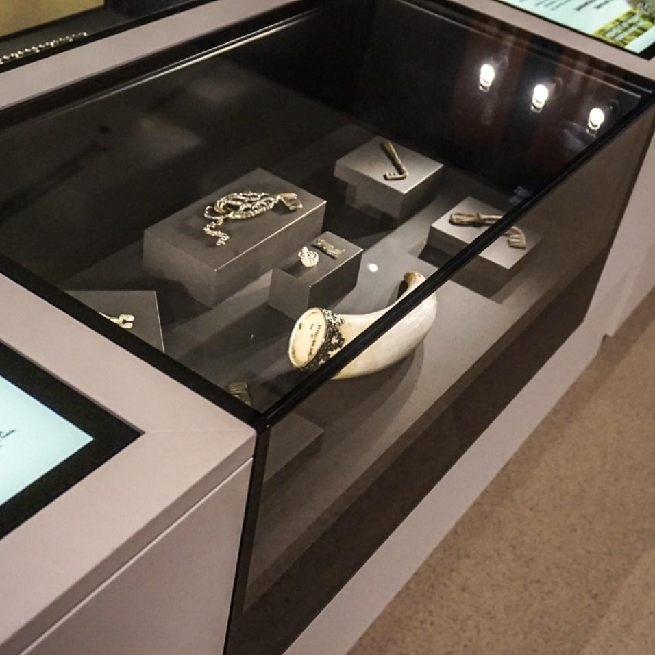 rom artifacts