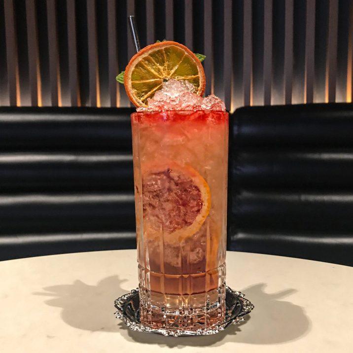 Fairmont The Queen Elizabeth - Nacarat Bar - Cocktail