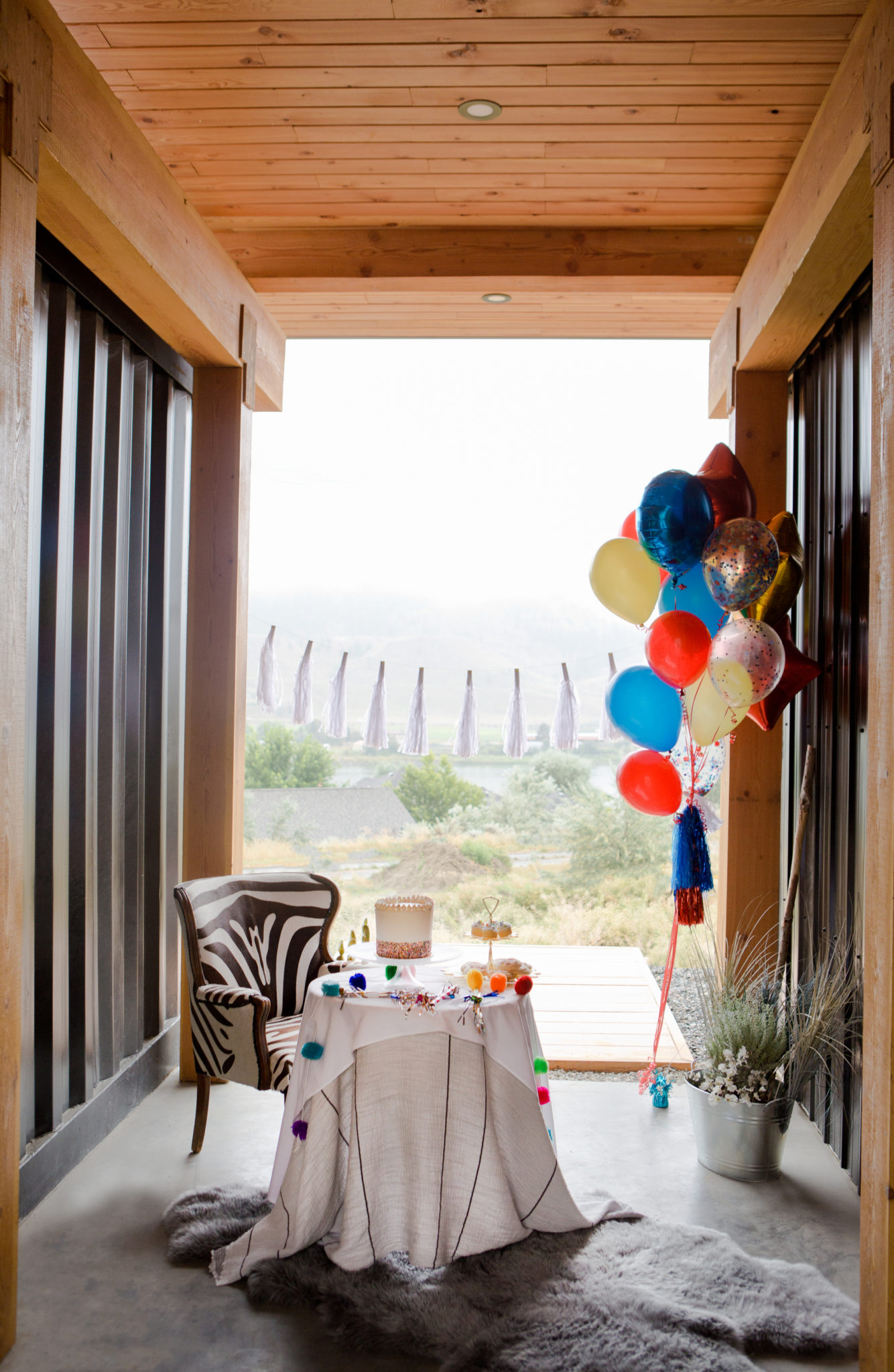 Tourism Kamloops - British Colombia - Blackbox Container Home - Paper Unicorn - Birthday - Party - Sultan Sandur - Cocoa Dot Cakes - Cupcakes