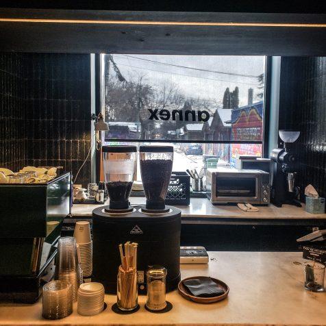 Annex Hotel - The Annex Toronto - Boutique Hotel - Room - Cafe