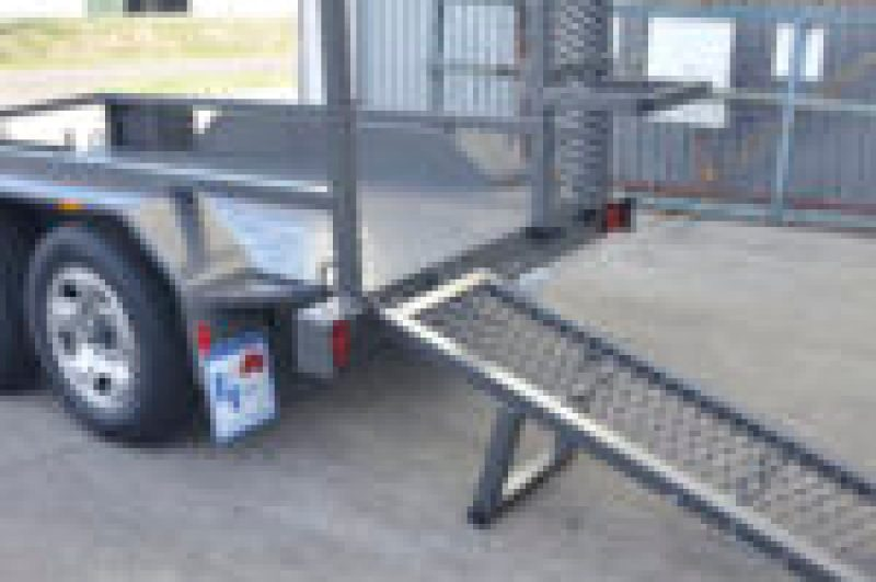 JUST TRAILERS OVER ENGINEERED PLANT TRAILERS