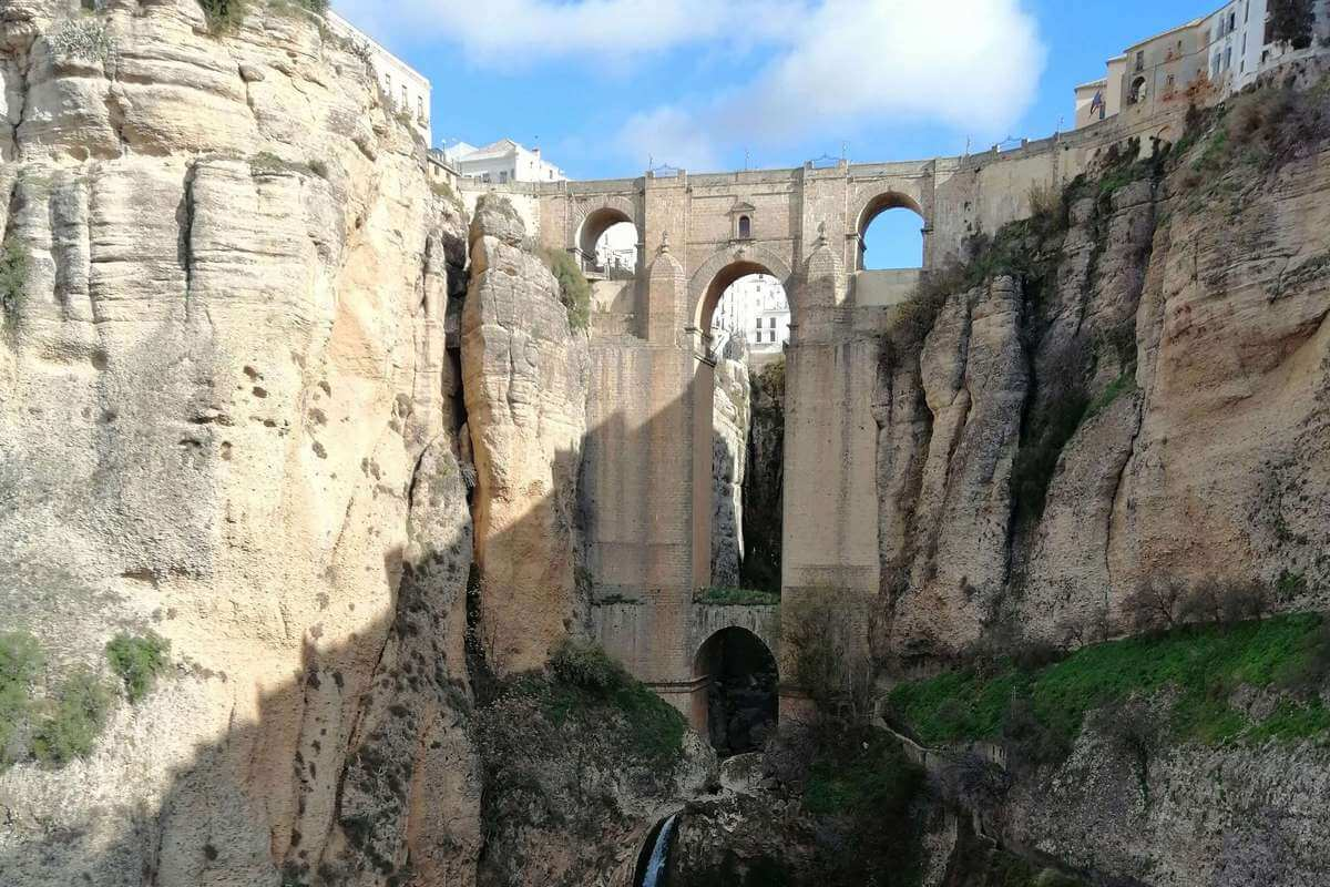 How to see Puente Nuevo: Ronda's spectacular bridge