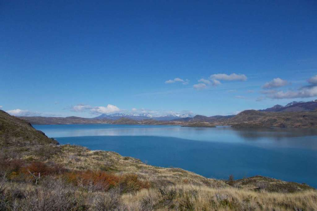Torres del Paine views over a lake