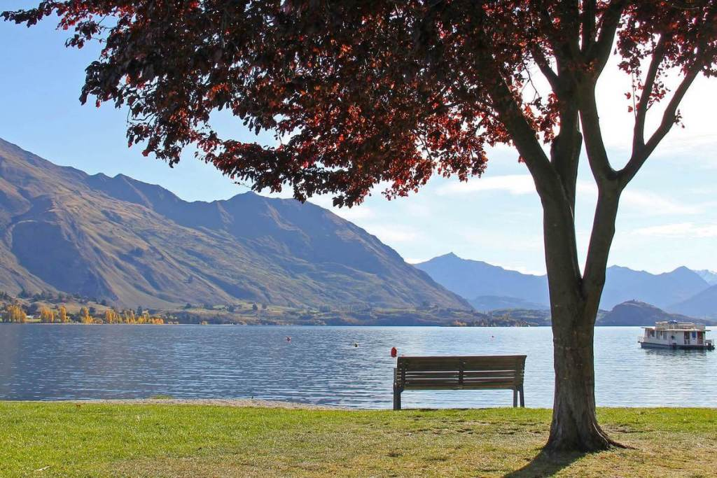 Lake Wanaka, a New Zealand South Island highlight