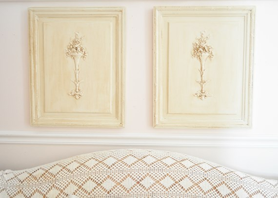 Chest doors with flower appliques