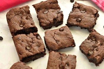 Healthy Fudgy Brownies that are Gluten Free Vegan Refined Sugar Free