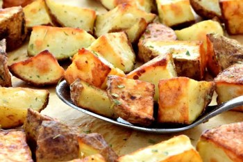 Gluten Free and Vegan Garlic Roasted Potatoes