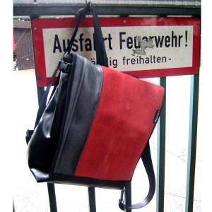 taschendealer-upcycling-rucksack-feuerwehrschlauch-jutedeerns-hamburg-01